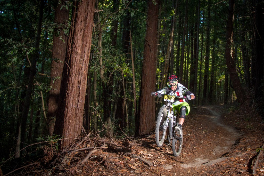 2013 series winner Jon Buckell stylin' on the 2013 Santa Cruz Super Enduro course. Photo by Called to Creation.