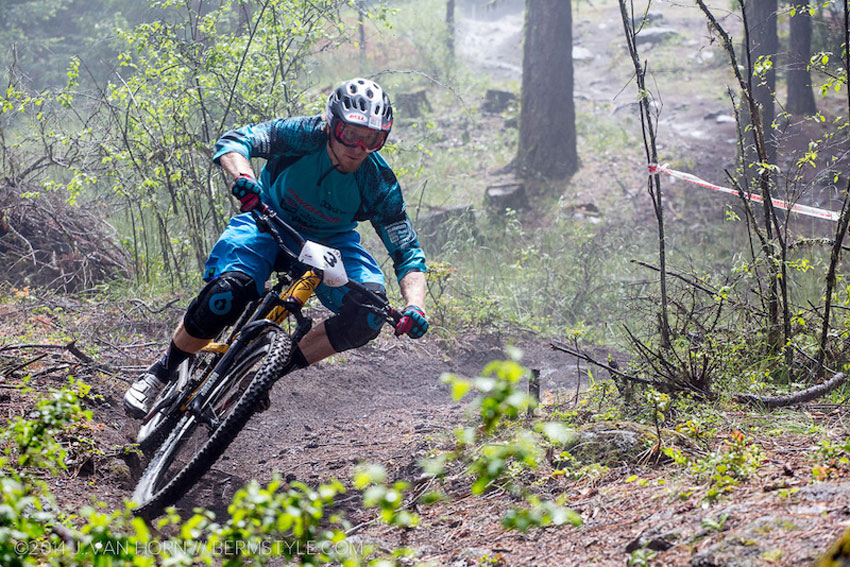 Nathan Riddle pins a tight turn on the Ashland course. Photo by Jason Van Horn.