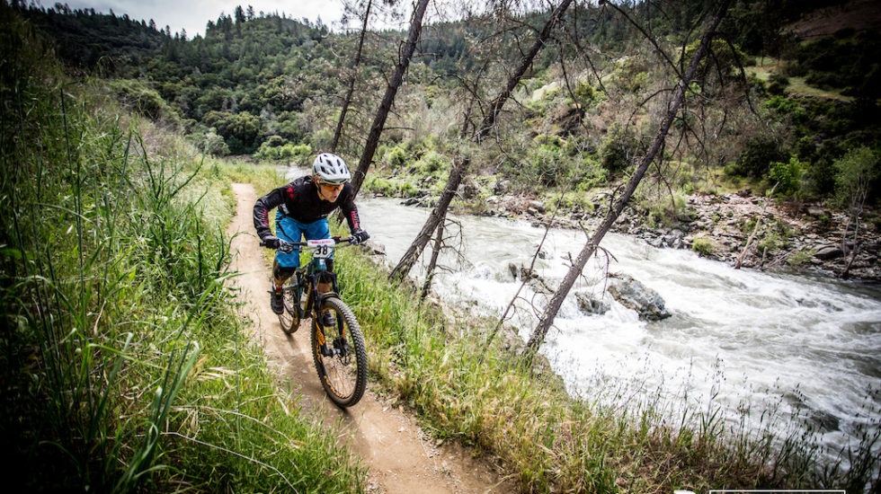 Pinkbike: 2017 CES Season Kicks Off with Mammoth Bar Enduro